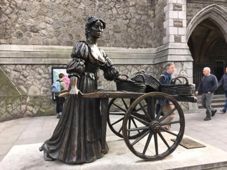 Statue of Molly Malone